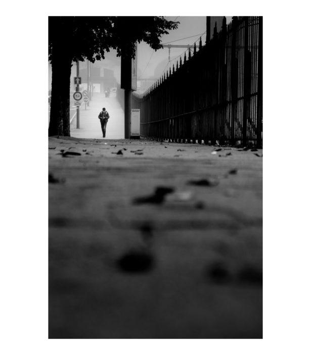 Limoges, passant dans le brouillard